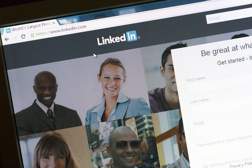 LinkedIn's ad revenue tops $154.1 million