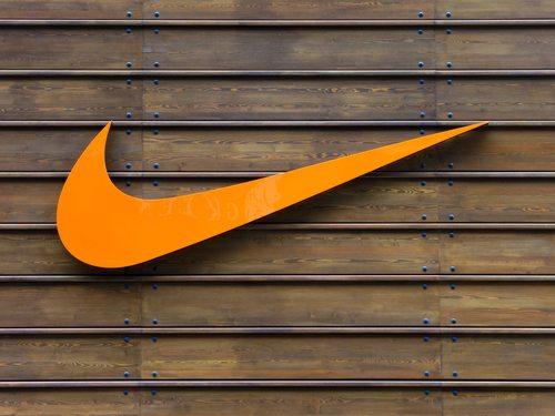 Is de-branding the key to Branding Success?
